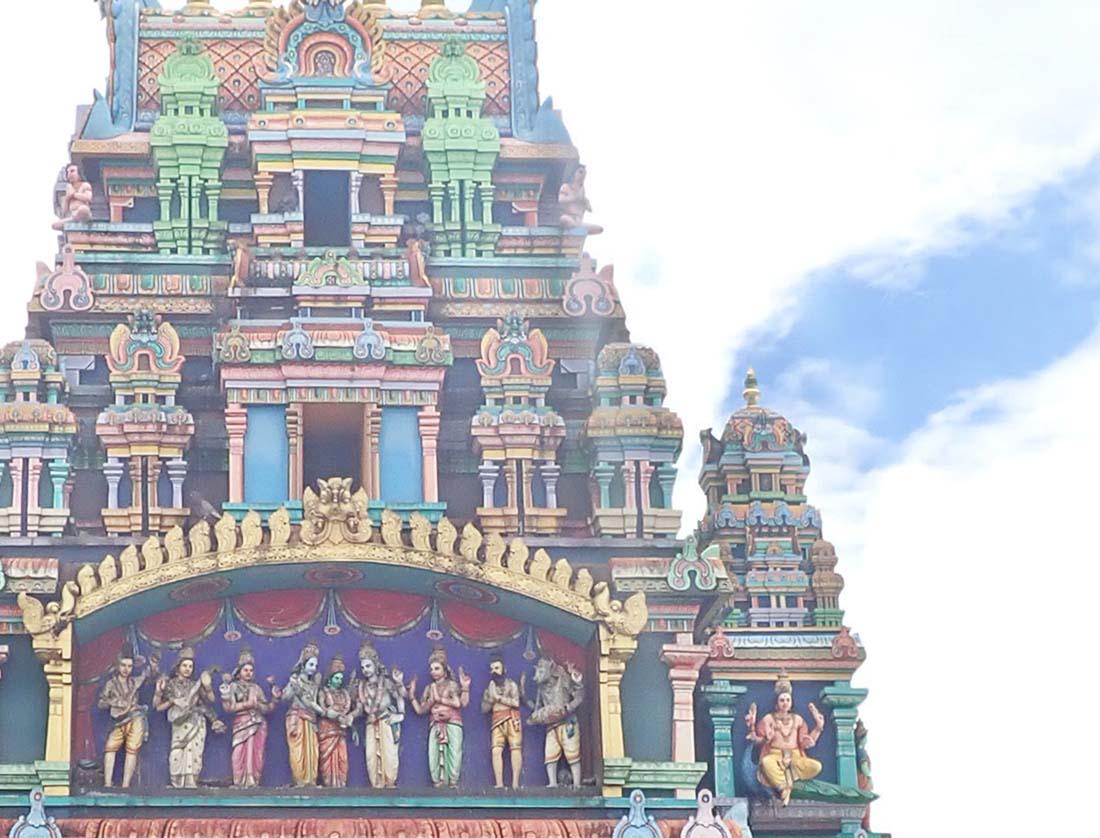 Extérieur du temple Hindou de Saint-Denis